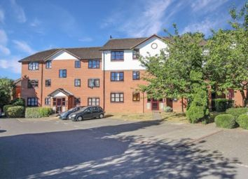 Thumbnail 1 bed flat to rent in Argyle Court King Georges Avenue, Watford