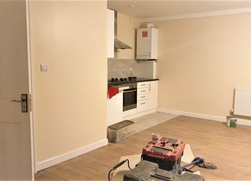 Thumbnail Studio to rent in Westbrook Road, Hounslow, Middlesex