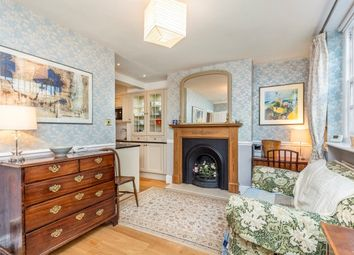 Thumbnail 2 bed flat to rent in Westmoreland Terrace, Pimlico
