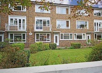 Thumbnail 2 bed flat to rent in Wellesley Road, Twickenham