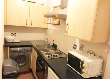 Thumbnail 2 bed flat to rent in Cliff Road, Camden