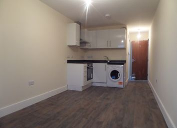 Thumbnail Studio to rent in Staines Road, Feltham