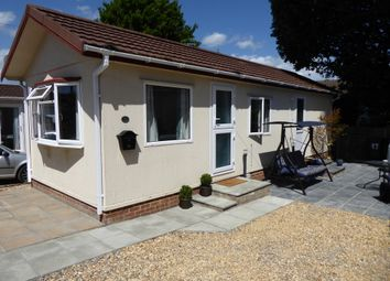 2 bed mobile/park home for sale in Ascot Park, Blythewood Lane, Ascot, Berkshire SL5