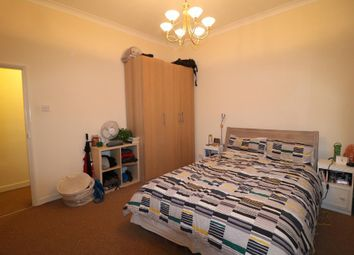 Thumbnail 1 bed flat to rent in Fentiman Road, Vauxhall, London