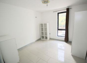 Thumbnail 4 bed property to rent in Evering Road, London
