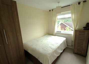 Thumbnail Room to rent in Elvetham Road, Fleet