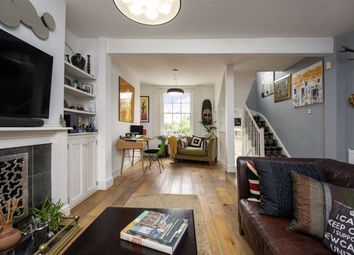 3 bed property for sale in York Square, London E14