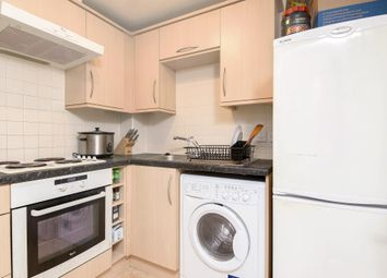 Thumbnail 1 bedroom flat for sale in Martingale Chase, Newbury