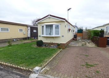 Thumbnail 1 bed mobile/park home for sale in Folly Park, Clapham, Beds