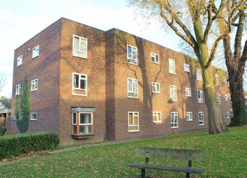 Thumbnail 1 bedroom flat for sale in Bradwell House, Wickford, Essex
