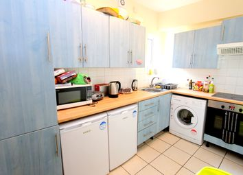Thumbnail 6 bed town house to rent in Shaftesbury Place, Brighton