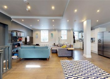 3 bed maisonette for sale in Redmans Road, London E1