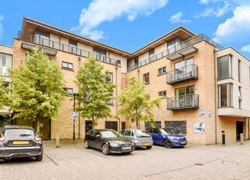 Thumbnail 2 bed flat for sale in Empress Court, Oxford, Oxfordshire