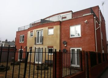 Thumbnail 1 bed flat to rent in High Street, Clacton-On-Sea