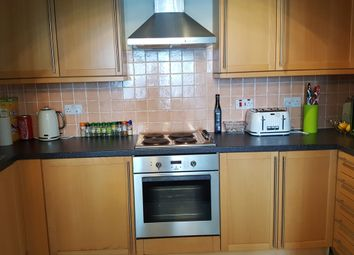Thumbnail 2 bed flat to rent in Marine Court, Gravesend
