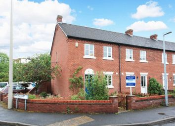 3 bed semi-detached house to rent in Barkers Court, Madeley, Telford TF7
