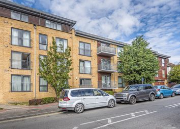 Thumbnail 2 bed flat for sale in Maylands Drive, Sidcup