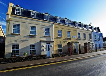 2 bed flat to rent in Market Square, Thornbury, South Gloucestershire BS35