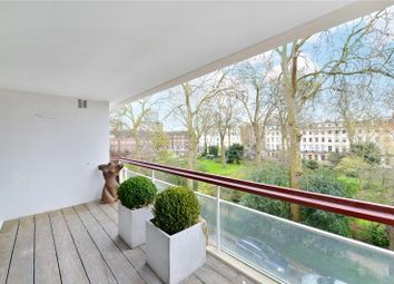 Thumbnail 3 bedroom flat for sale in Gloucester Square, Hyde Park