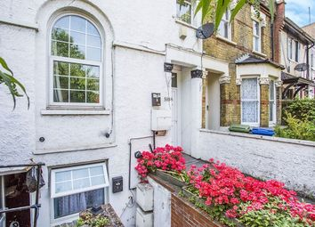 Basement Flat Peckham Hill Street, London SE15. Studio to rent