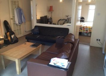 Thumbnail 1 bed flat to rent in Alroy Road, London