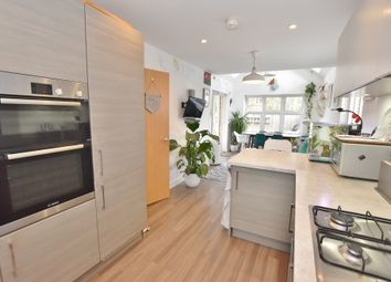 4 bed detached house for sale in Cormorant Place, Ashford TN25