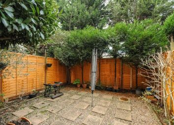 Thumbnail 3 bed flat to rent in Princes Way, London