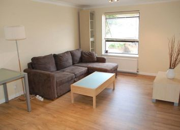 2 bed flat to rent in Horseshoe Close, Ferry Street, London E14