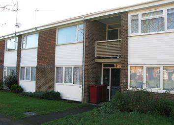 Thumbnail 2 bed flat to rent in Fulmead Road, Reading