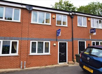 3 bed property to rent in Grove Street, Heywood OL10