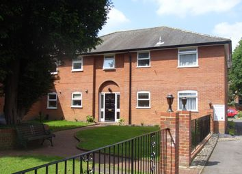 Thumbnail 2 bedroom flat to rent in Chancery Mews, Russell Street, Reading, Berkshire