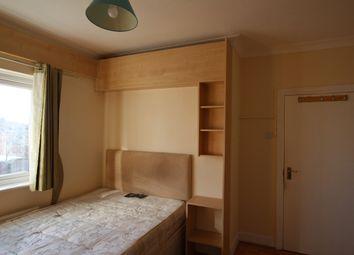 Thumbnail Room to rent in Horns Road, Barkingside, Newbury Park, Ig1, Ig2, Ig4, Ig5 IG6,