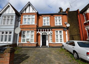 Thumbnail 1 bedroom detached house to rent in Chadwick Road, London