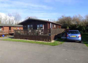 3 bed mobile/park home for sale in Lakeside, Vinnetrow Road, Runcton, Chichester PO20