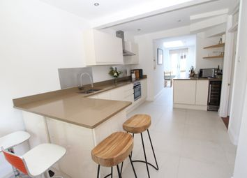 Thumbnail 3 bed detached house to rent in Langborough Road, Wokingham