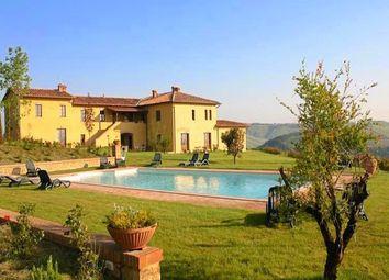 Thumbnail Farm for sale in Azienda Agricola Il Tulipano, Asciano, Siena, Tuscany, Italy