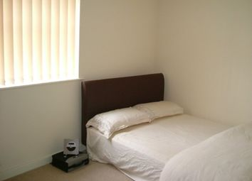 Thumbnail Room to rent in Arncliffe Drive, Heelands, Milton Keynes