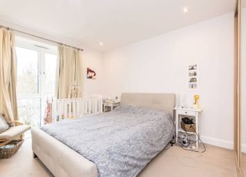Thumbnail 2 bed flat to rent in The Avenue, Brondesbury Park