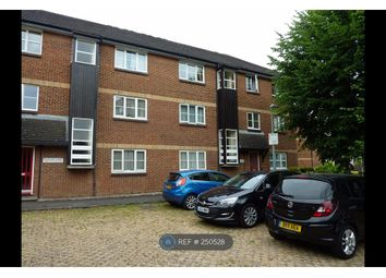 Thumbnail 2 bedroom flat to rent in Gleneagles Court, Reading