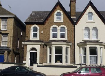 Thumbnail 2 bed flat to rent in New Road Avenue, Chatham, Kent