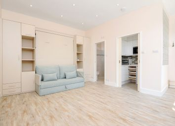 Thumbnail Studio to rent in Alderville Road, London