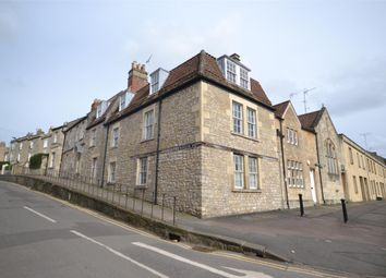 Thumbnail 1 bed flat to rent in Trafalgar Road, Bath