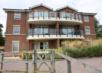 Thumbnail 2 bed property for sale in Lukes Close, Hamble, Southampton