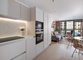 Thumbnail 1 bed flat for sale in Packington Square, Islington, London