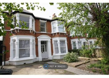 3 bed maisonette to rent in Wellmeadow Road, London SE13
