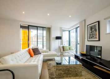 Thumbnail 3 bed flat to rent in Old Castle Street, Spitalfields