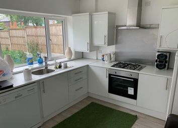 3 bed property to rent in Cathel Drive, Birmingham B42