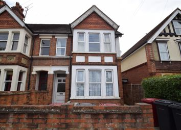 Thumbnail 1 bed flat to rent in St. Annes Road, Caversham, Reading