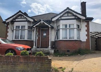 Thumbnail 3 bed bungalow for sale in 219 Marsh Road, Luton, Bedfordshire