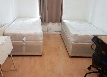 Thumbnail Room to rent in Munster Road, London